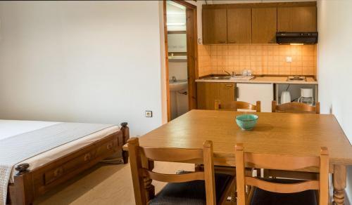 Bedroom-apartment-2.2
