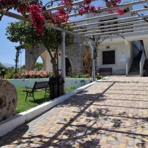 Villa Merabello Front 1